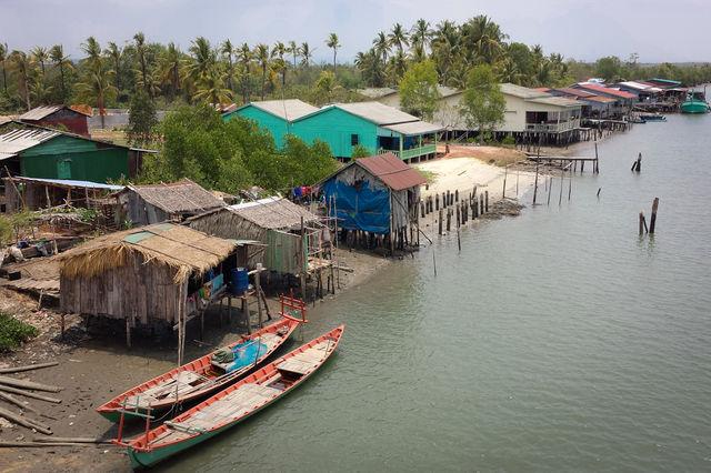 Village flottant à Chi Phat au Cambodge.