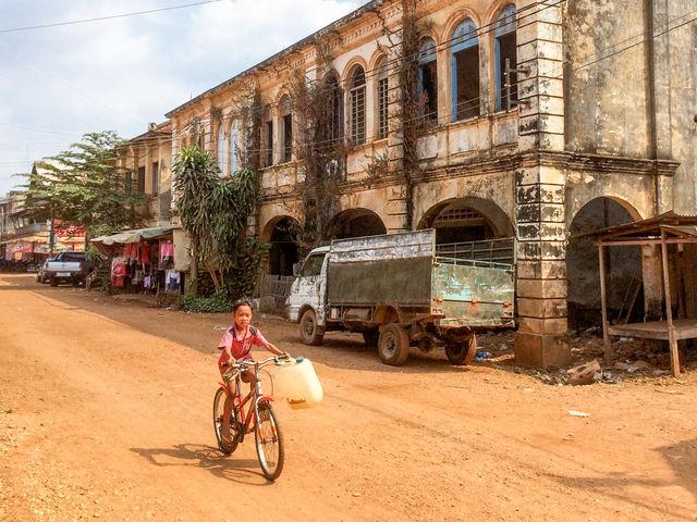 Ville coloniale de kratie au Cambodge.