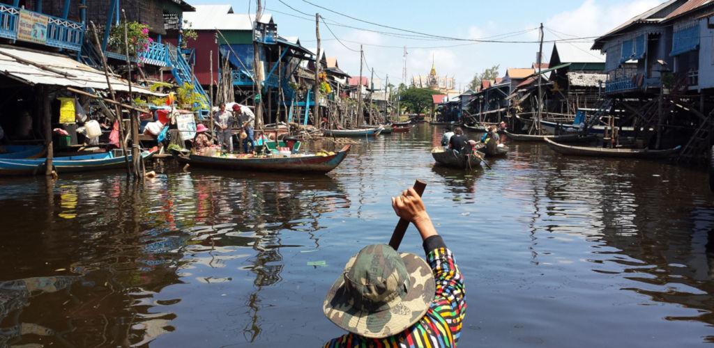 Village flottant sur le lac Tonlé Sap au Cambodge.