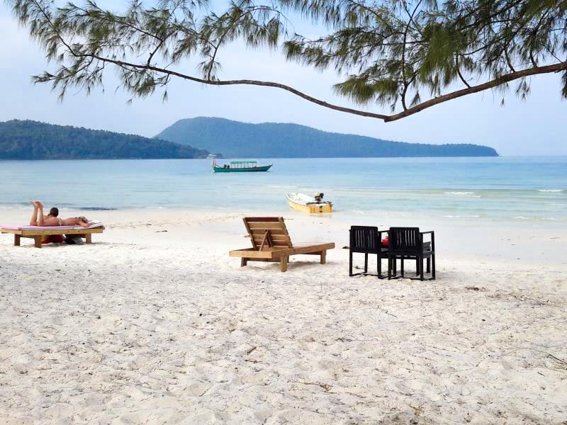 Plage de sable fin au Cambodge