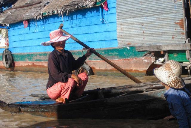 Village flotant au Cambodge.